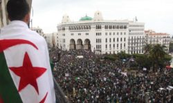 Algérie :  espoir et incertitudes – par Mustapha BENCHENANE