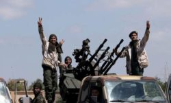 Libye : les combats se poursuivent