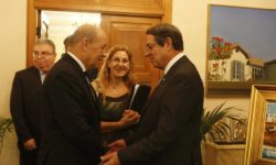 La France à Chypre : de la parole aux actes